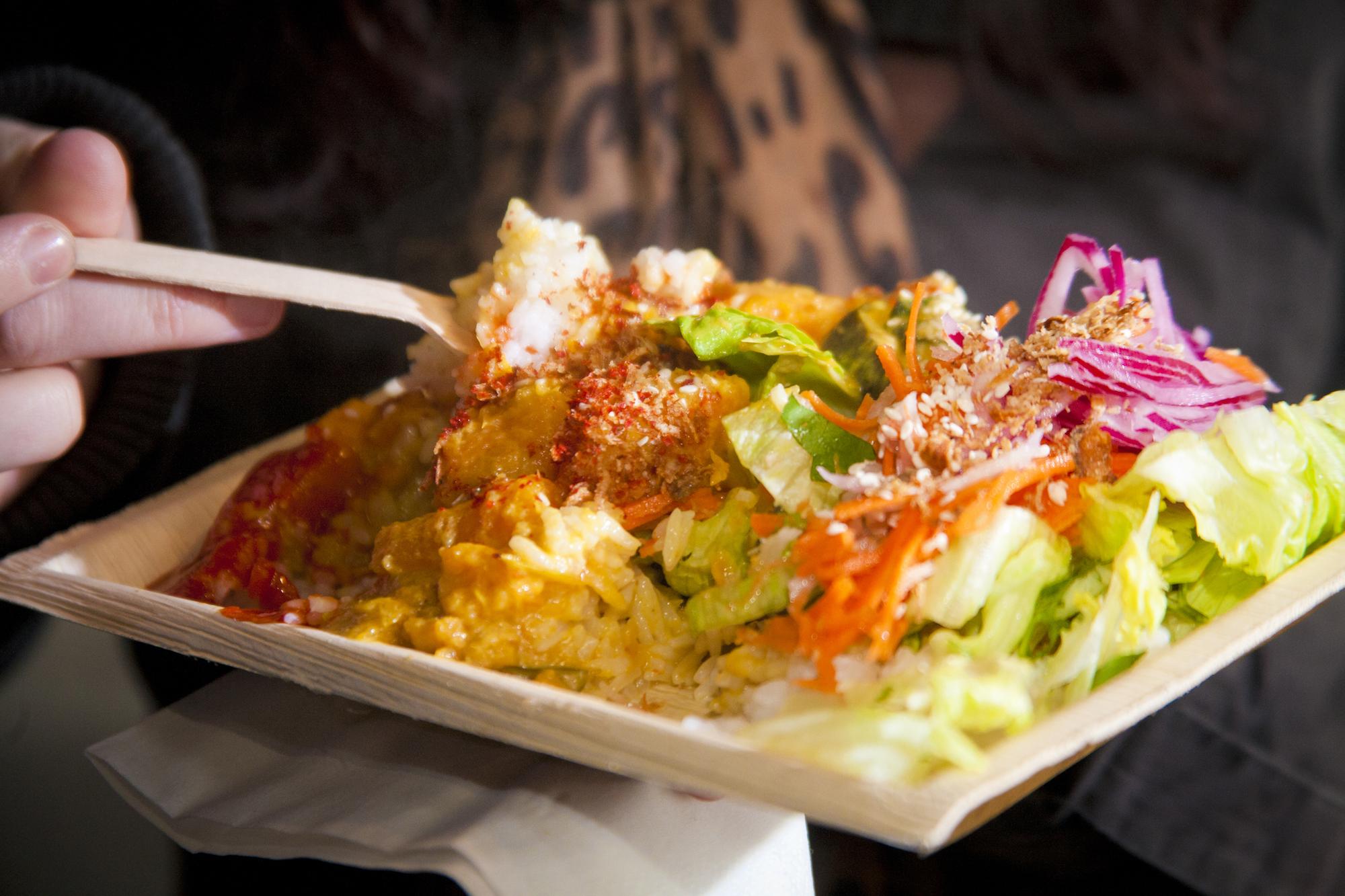 Canoodle street food