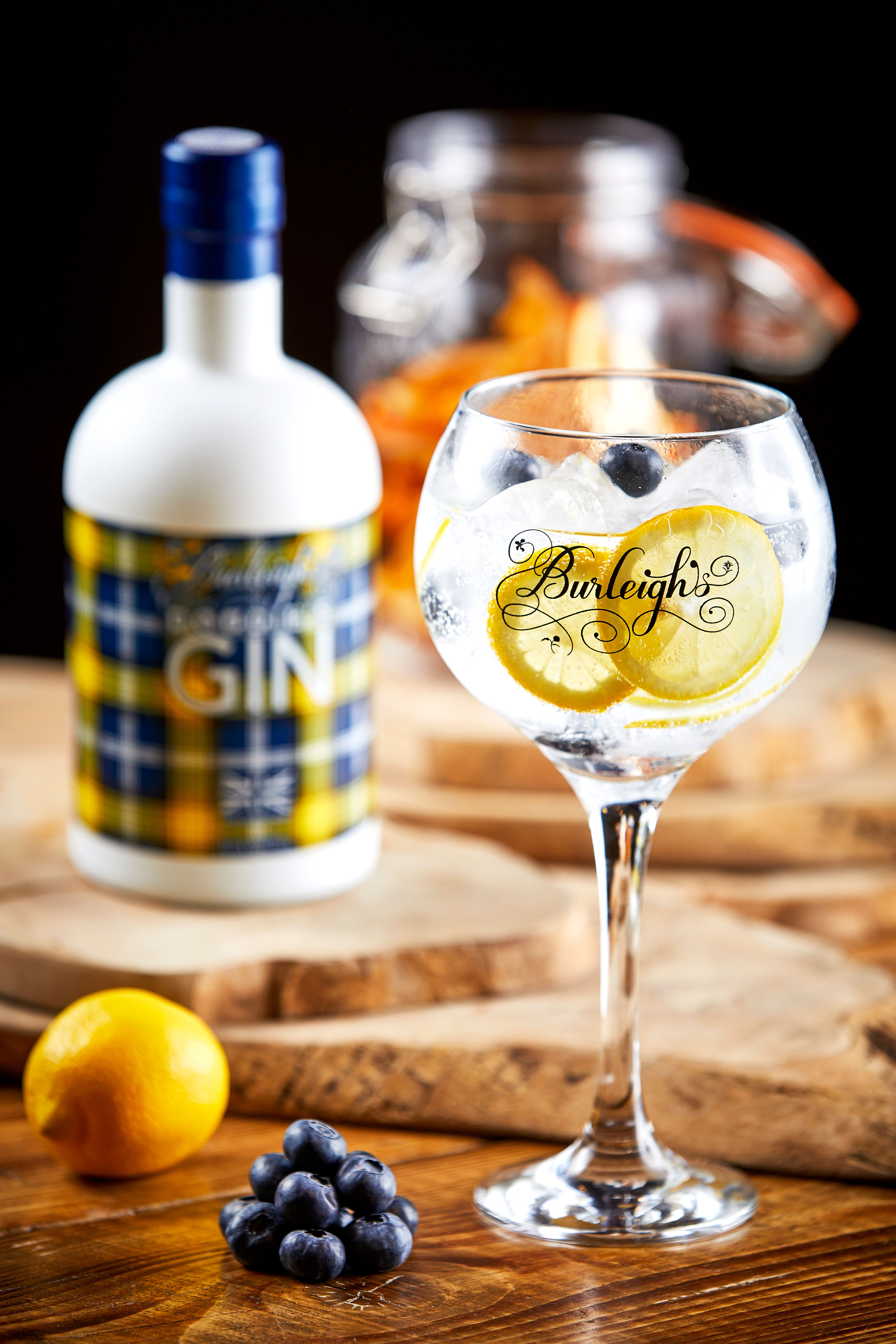 Burleighs launch new gin with rugby legend Doddie Weir – COOL AS