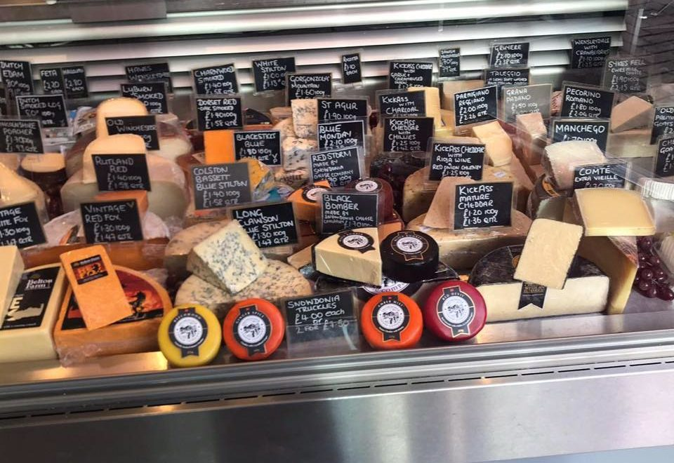 Leicester market cheese