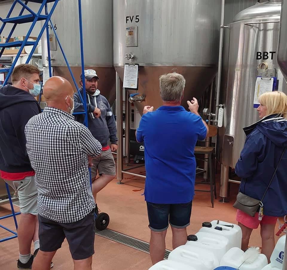 round corner brewing tour